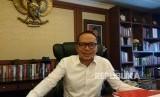 Menteri Ketenagakerjaan RI M. Hanif Dhakiri saat ditemui di Gedung Kemenaker Gatot Subroto Jakarta, Selasa (20/3).