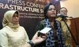 Menteri Keuangan RI, Sri Mulyani Indrawati, menjadi Keynote Speaker di acara Infrastructure Summit 2019: Empowering U niversity for Continuous PPP Infrastructure Development in Rehional Government di Graha Sanusi Unpad, Jumat (26/4).