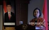 Menteri Keuangan Sri Mulyani Indrawati menjelaskan mengenai pengelolaan dana desa saat tatap muka dengan para ketua adat se-Bali di Sanur, Denpasar, Bali, Kamis (14/3/2019).