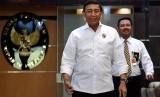 Wiranto Tegaskan Kasus Soenarko dan Kivlan Tetap Diproses