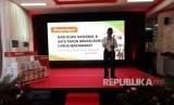Menteri Pendidikan dan Kebudayaan, Muhadjir Effendy, memberikan sambutan di acara peringatan Hari Buku Nasional dan 1 Tahun Donasi Buku untuk Masyarakat, di Kantor Pos Jakarta Pusat, Kamis (17/5).