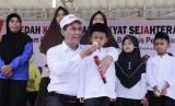 Menteri Pertanian Amran Sulaiman kampanye Gerakan Makan Telur Ayam, sebagai upaya peningkatan asupan gizi RTM khususnya di Tasikmalaya
