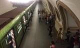 Metro atau kereta bawah tanah di Rusia, Moskow.