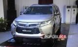 Mobil Mitsubisi All New Pajero Sport saat uji coba di BizPark, Kuningan, Jakarta, Kamis (25/2).