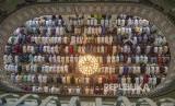 Muslim Bangladesh shalat ied di masjid agung Baitul Mukarram in Dhaka, Bangladesh.