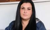 Nadia Parenzee mengatakan, ia mencoba untuk menenangkan si bayi perempuan itu, namun bayi itu berhenti bernapas.