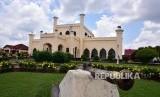 Objek wisata Istana Aseraiyah Hasyimiah atau yang kerap disebut Istana Siak, di Kabupaten Siak, Riau.