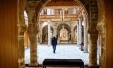 Pameran di Bayt Dakira menunjukkan Yahudi dan Muslim di Maroko memiliki sejarah kedekatan satu sama lain.