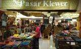 Pameran Tribute to Batik dengan tema 'Pasar Klewer Solo Pindah ke Jakarta' di Pasaraya Blok M, Jakarta, Kamis (2/9).