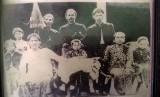 Para bangsawan pengikut Diponegoro yang menjadi Kiai dengan memimpin Pesantren Takeran.