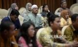 Para korban penipuan First Travel saat melakukan pertemuan dengan Fraksi PAN di Kompleks Parlemen, Jakarta (ilustrasi)