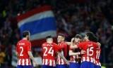 Para pemain Atletico Madrid meluapkan kegembiraan setelah lolos ke final Liga Europa.