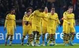 Para pemain Borussia Dortmund merayakan gol. Ilustrasi