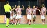 Para pemain Kroasia merayakan gol Nicola Kalinic (tengah) pada laga Kualifikasi Piala Dunia 2018.