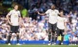 Para pemain MU saat kalah dari Everton