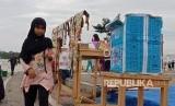 Kisah Pengungsi Palestina Jual Kopi di Stadion Pakansari