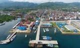 Pelabuhan Mamuju di wilayah Sulawesi Barat
