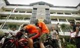 [ilustrasi] Pelaku penjambretan di Polres Jakarta Selatan, Selasa (11/12).
