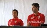 Pelatih Persija Jakarta Stefano Cugurra Teco (kanan)