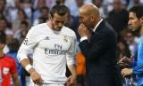 Pelatih Real Madrid, Zinedine Zidane (kanan) dan gelandang, Gareth Bale.