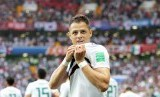 Javier Hernandez akan memperkuat LA Galaxy di MLS. Pemain yang biasa dipanggil Chicharito akan menjadi sosok bergaji termahal di MLS.