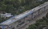 Pembangunan infrastruktur Light Rail Transit (LRT) atau kereta ringan di Palembang, Sumatra Selatan. ilustrasi