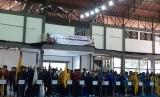 Pembukaan Pekan Olahraga Mahasiswa (POM) Rayon II 2019 di GOR Universitas Muhammadiyah Surakarta (UMS), Pabelan, Kartasura, Kabupaten Sukoharjo, Jawa Tengah, Senin (22/4). POM Rayon II 2019 diikuti 80 perguruan tinggi se-Solo Raya.