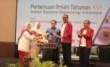 Pembukaan Pertemuan Ilmiah Tahunan  XVI ISOI (Ikatan Sarjana Oseanologi Indonesia).