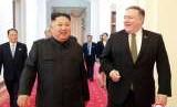 Pemimpin Korea Utara (Korut) Kim Jong-un bertemu dengan Menteri Luar Negeri Amerika Serikat (AS) Mike Pompeo di Pyongyang, Korut, Ahad (7/10).
