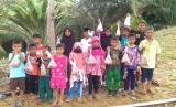 Penerima manfaat Program Qurban Cinta PYI di Sungai Limau Sebatik Tengah, Kalimantan Utara.