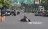 Pengalihan Arus di  Sekitaran Gedung MK. Suasana jalan lengang sekitar gedung Mahkamah Konstitusi , Jakarta Pusat, Jum'at (14/6).