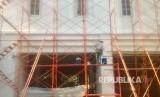 Pengecetan Gedung Balaikota Jelang Pelantikan Gubernur - Wakil Gubernur periode 2017 - 2022, Jakarta, Jumat (13/10).