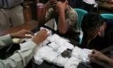 Pengedar narkoba  yang ditangkap polisi. ilustrasi