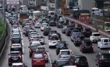Ruas jalan tol Jakarta-Cikampek.
