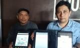 Penggagas sekaligus pembuat e-Sabak Chiptec Smart Learning, Ansarullah Yasin (kanan). Program e-Sabak adalah proses pembelajaran menggunakan tablet.