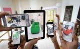 Penggunaan teknologi Augmented Reality (ilustrasi)