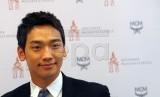 Penyanyi Rain akan sumbangkan seluruh pendapatannya dari Levi Strauss Korea (Foto: penyanyi dan aktor Rain)