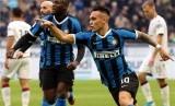 Striker Inter Milan, Lautaro Martinez (tengah).