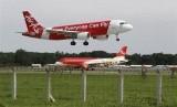 Pesawat Air Asia jenis Airbus A320 termasuk maskapai berbiaya murah.