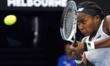 Petenis muda AS, Coco Gauff mengalahkan juara bertahan Australia Terbuka, Naomi Osaka.