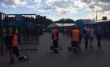 Petgas kebersihan stadion di Rusia.