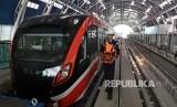 Wali Kota Depok, Mohammad Idris, mengatakan, Kota Depok butuh dana Rp 12 triliun untuk membangun transportasi berbasis rel dengan empat koridor (Foto: transportasi LRT)