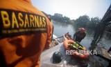 Kantor Pencarian dan Penyelamatan (SAR) Bandung menurunkan tiga tim untuk membantu mempercepat pencarian dua anak yang dikabarkan hanyut (Foto: ilustrasi pencarian bocah tenggelam)