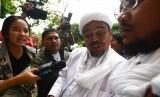Relawan Siap Sambut Rizieq Jika Ingin Gabung Koalisi Jokowi
