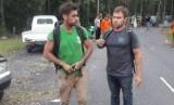 Polisi mengatakan, para pria itu mulai mendaki Gunung Agung pada pukul 2 dini hari.