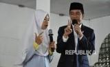 Presiden Joko Widodo (Jokowi) berkunjung ke Pondok Pesantren Nahdlatul Wathan (NW) Anjani di Desa Anjani, Kecamatan Suralaga, Kabupaten Lombok Timur, NTB pada Kamis (23/11).