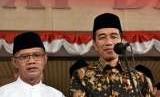 Presiden Joko Widodo (Jokowi) bersama Ketua Umum PP Muhammadiyah Haedar Nashir.