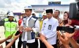 Presiden Joko Widodo saat meresmikan jalan tol Pejagan-Pemalang dan Pemalang-Batang, Jumat (9/11).