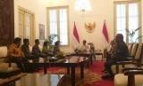 Presiden Jokowi menerima Panitia Seleksi (Pansel) Calon Pimpinan KPK 2019 - 2023 di Istana Merdeka, Senin (17/6).