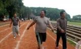 Program penurunan berat badan juga dilakukan Polres Metro Tangerang di Banten.